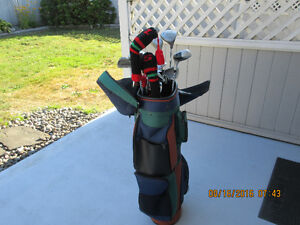14 pce right handed golf clubs and bag