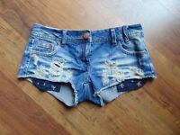 Ladies tiny denim shorts size 6