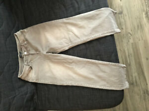 So slimming by Chico's crop straight jeans/ size L (10-12)