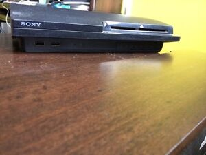 PS3 SLIM 256 GB with games! West Island Greater Montréal image 1