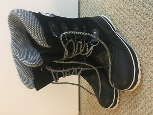 Ladies Alpinetek Winter Boots - Size 8
