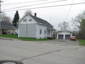 NICE 3 BEDROOM STARTER HOME LOCATED IN GRAND FALLS