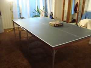 Coleco foldingTable tennis or ping pong table