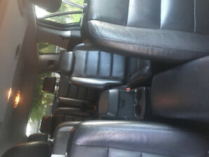 Ford Suv 2006 $2500 air conditioner, all leather seats for sale
