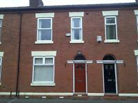 4 bedrooms in 4 STUDENTS LET Upper Gloucester Street, Salford M6 6PQ
