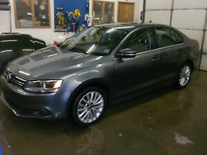2012 Volkswagen Jetta Highline,low KMs .Yarmouth