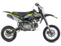 STOMP Z3140 ZR-140 MOTOCROSS PIT BIKE, 140CC, RACING PIT BIKE