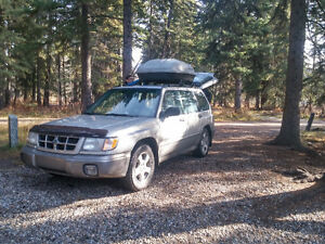 REDUCED!! 2000 Subaru Forester Limited SUV, Crossover