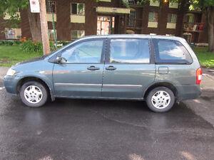 2001 Mazda MPV Familiale Négociable