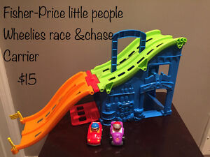 Little People Wheelies Race and Case Carrier
