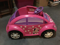 Minnie Mouse 12 volt conevertable