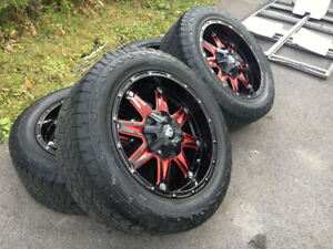 Mags Rtx 20'' avec pneus 275/55/20 Hankook Dynapro comme neuf