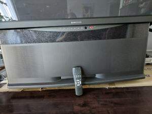 "Samsung 60"" projection Tv"
