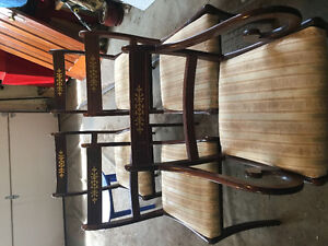 5 dining chairs $10 each