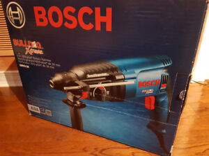 BRAND NEW BOSCH BULLDOG EXTREME 1in SDS PLUS ROTTERY DRILL