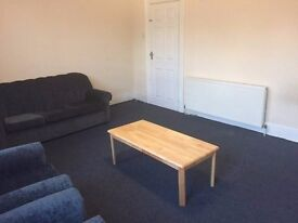 VERY NICE SPACIOUS 3 DOUBLE BED VICTORIAN HOUSE - 10 MINS WALK SEVEN SISTERS TUBE