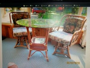 Rittan Table and chairs Peterborough Peterborough Area image 1