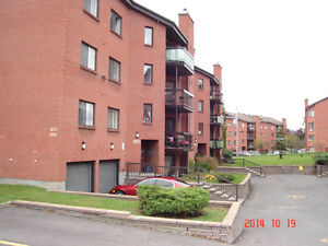 To rent 2 bedroom condo