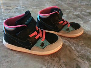 Size 9 Toddler Girl Nike Son of Force High Top Runners