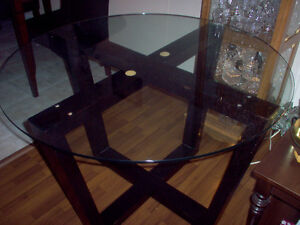Dining Table, beautiful! lowered price