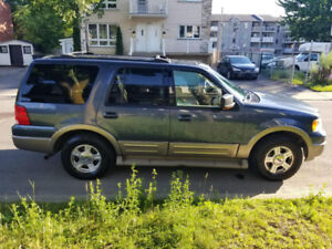 FORD EXPEDITION 2004 FOR SALE-NEGOTIABLE