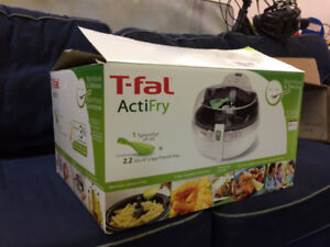 T-fal Actifry - low oil fryer - instructions & recipe - like new