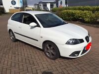 2008 seat Ibiza in white sport edition 1.4