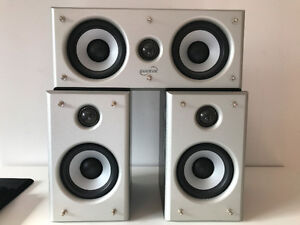 Soundstage Speaker with Center and Stands - Great Shape