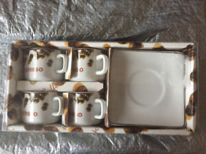 Coffee cups and coffee maker appliance