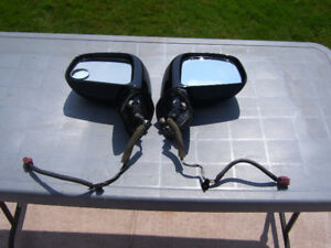 Two power/heated mirrors from 2008 Nissan Versa [black ]