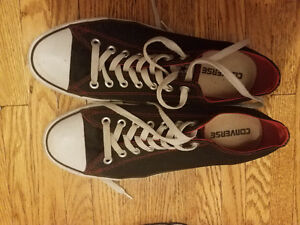 Converse Sneakers Size 10