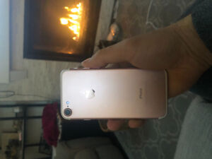 iPhone 7 32GB Rose Gold perfect condition!!!!!