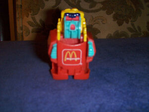 VINTAGE 1987 MCDONALD'S FRENCH FRY ROBOT TRANSFORMER-RARE!