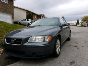 2007 volvo S60 AWD fully equipped