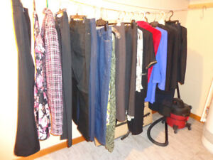 LOT OF MIXED LADIES CLOTHING