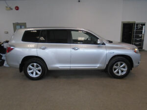 2009 TOYOTA HIGHLANDER HYBRID LUXURY 4X4! 1 OWNER! ONLY $11,900!