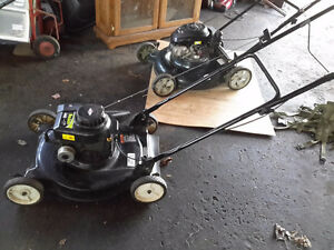 SELF PROPELLE  LAWNMOWER BY  POULAN  FAST SALE ONLY $80.00