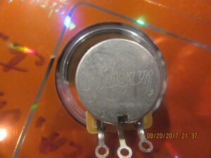 Gibson volume and tone capacitor