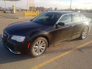 2015 Chrysler 300-Series Touring Sedan - LOW KMs!!!