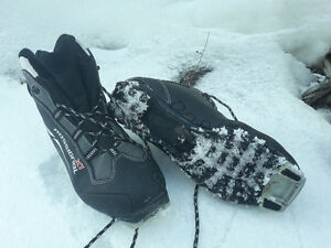 Rossignol size 9 1/2 cross country boots black grey women