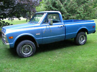 1971 GMC 1/2 ton 4X4 shorbox FLEETSIDE OR STEPSIDE CHOICE !