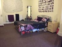 E&C! FOR JUST 150p/w! AMAZING DOUBLE ROOM IN A NICE AREA!