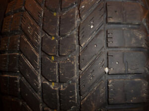 4 pneus d'hiver 225/50/17 Firestone Winterforce
