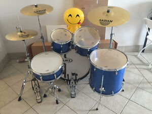 Mapex drum set with Sabian cymbals SOLD