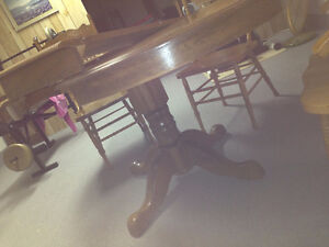Solid oak table and chair Peterborough Peterborough Area image 7