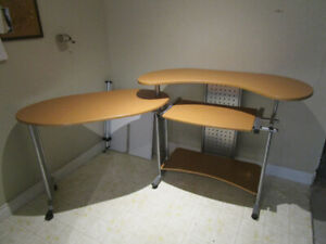 GET YOUR STUDENT A COMPUTER DESK