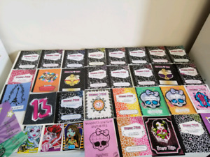 Monster High - Lot of 29 Diaries