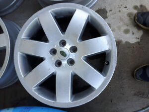 Land rover  20 inch rims