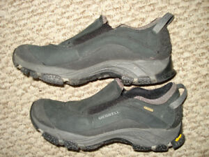 Ladies Merrell insulated shoes