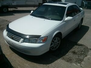 2000 Toyota Camry Sedan XLE - One Owner! ICE COLD A/C!